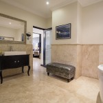 Nelson Mandela Suite - Bathroom